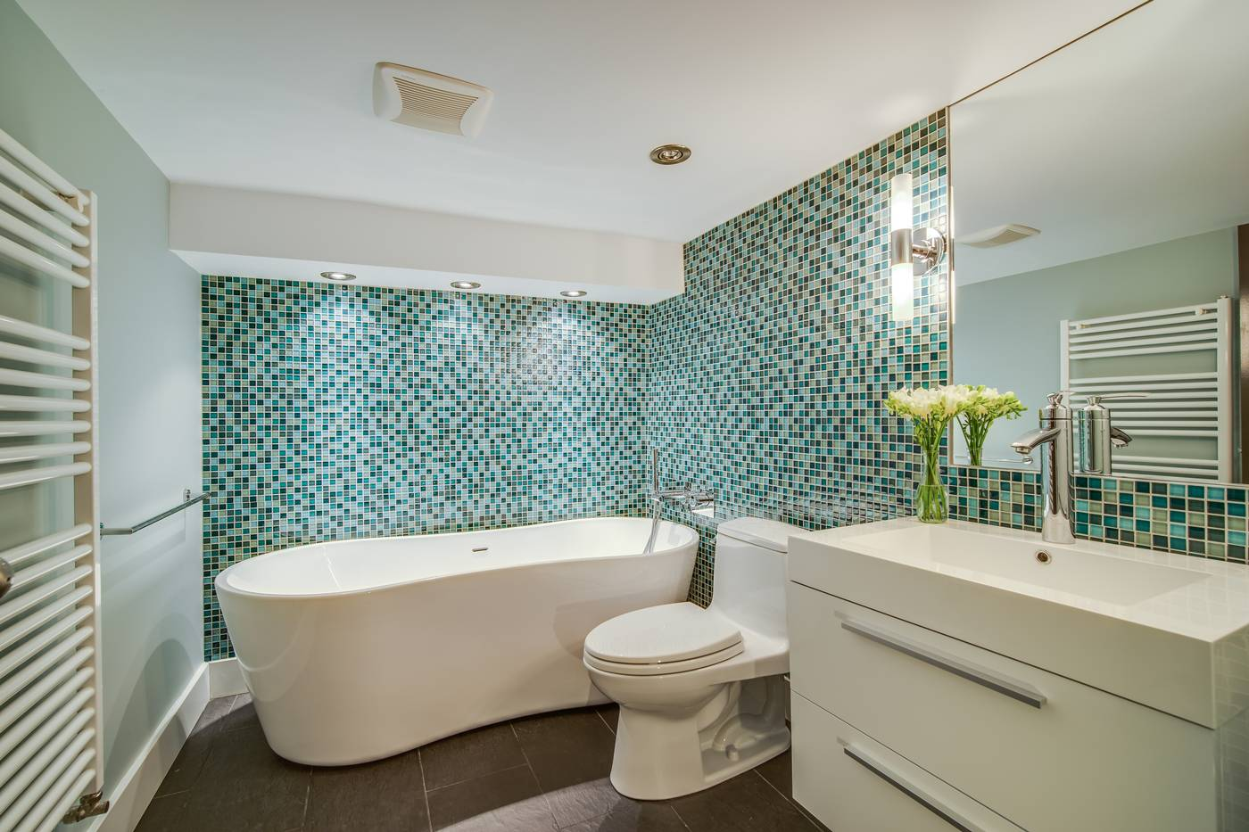 Fall In Love With This Urban Oasis   45 McPherson Avenue   Ellen ...