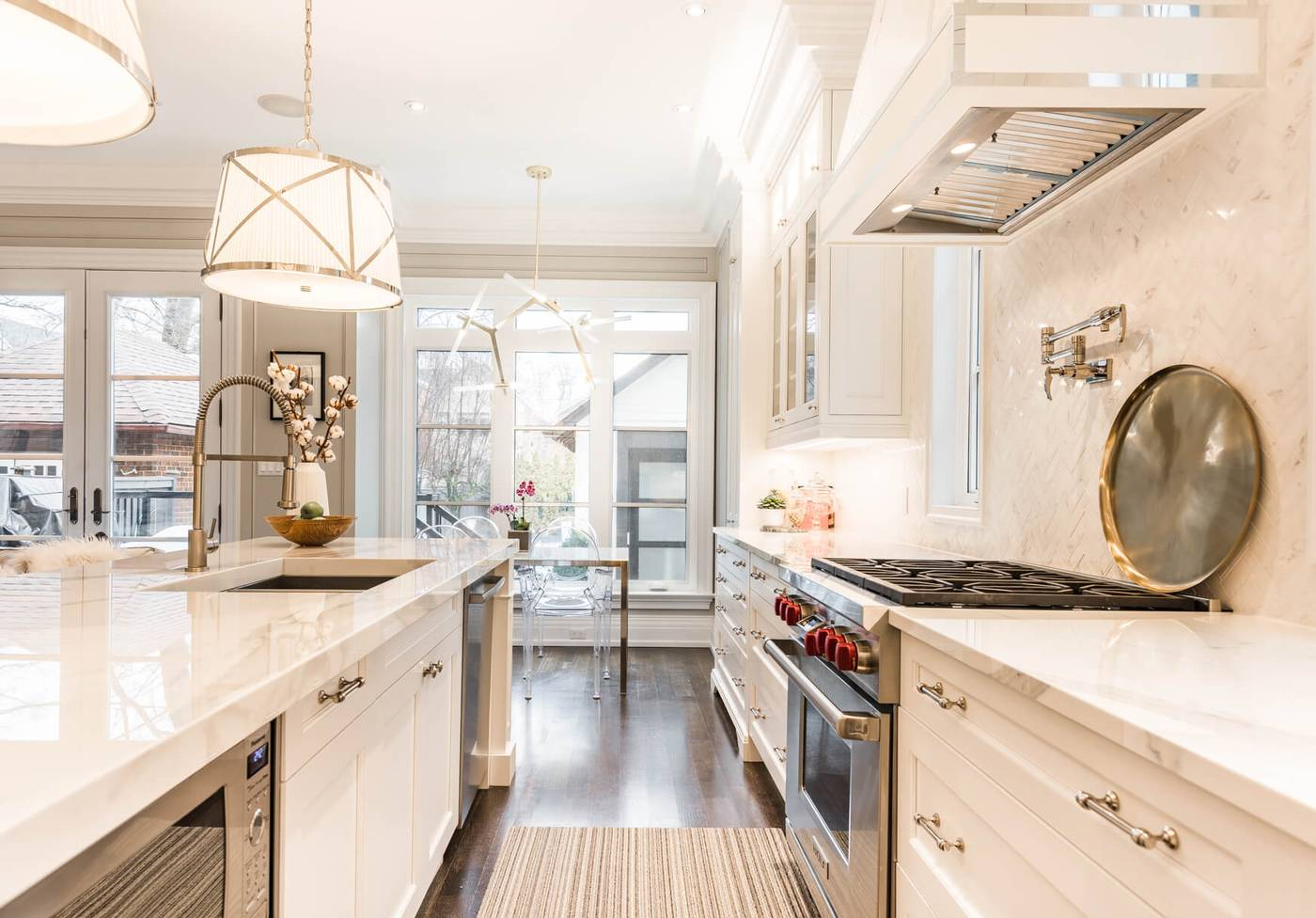 A Masterpiece Of Transitional And Contemporary Style | 40 Lonsdale ...